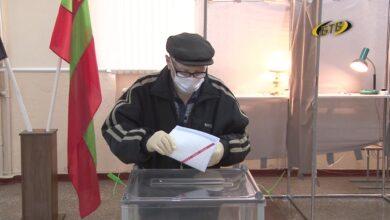 Photo of Виталий Бабак – один из старейших избирателей